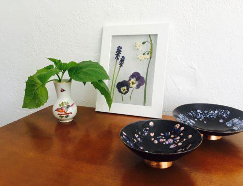 Blumendeko für den Schreibtisch