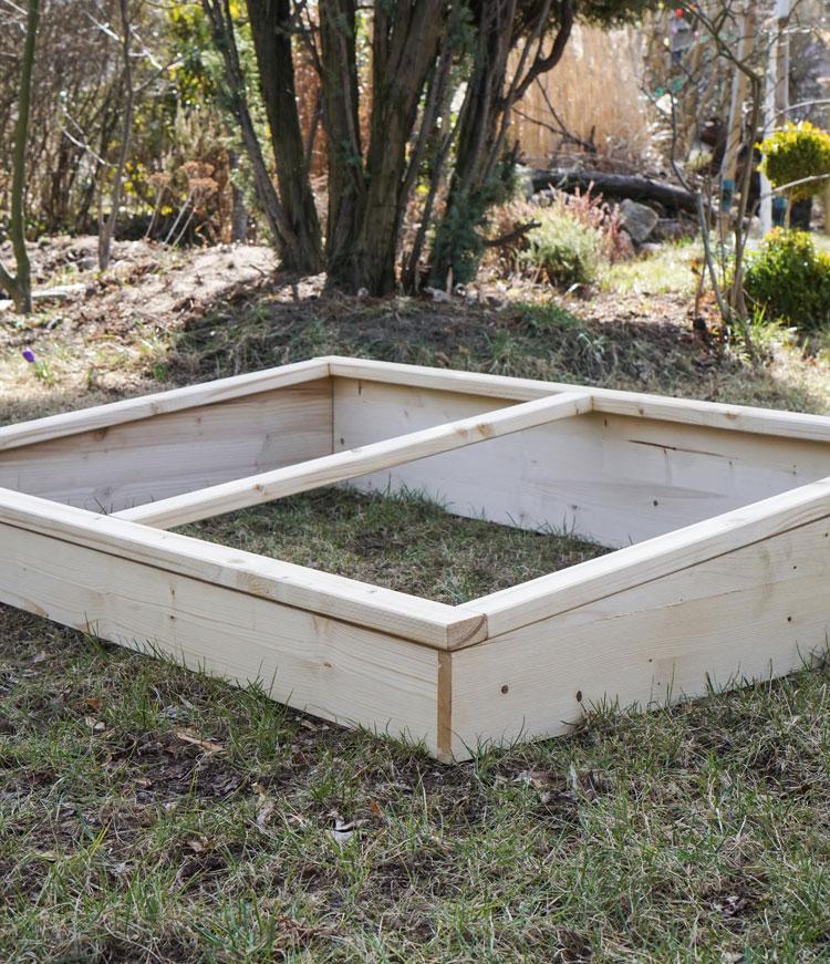 fr hbeet selber bauen vom palettenhochbeet zum fr hbeet gartenblog hauptstadtgarten. Black Bedroom Furniture Sets. Home Design Ideas