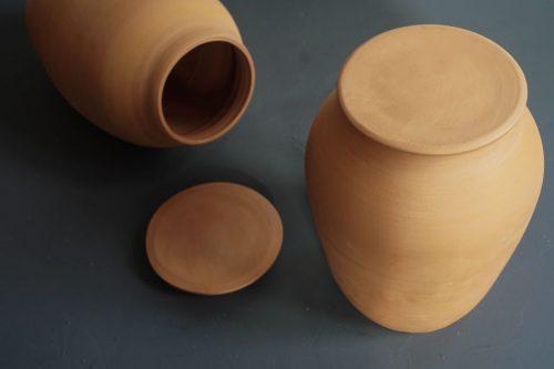 Ollas aus Ton, die ideale Bewässerung für Beet und Hochbeet