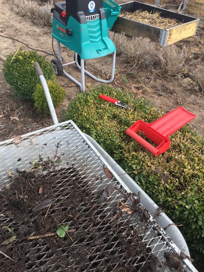 Häcksler verbessert den Kompost